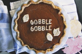 Friendsgiving - Love this pumpkin pie idea