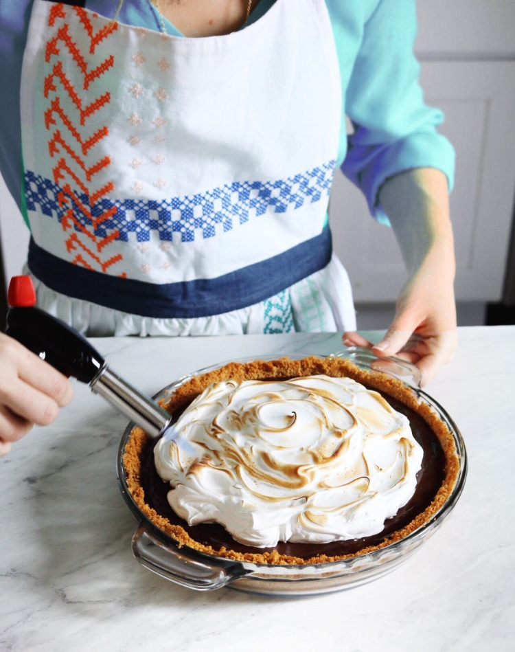 Toasted S'mores Pie recipe. Perfect for a cozy fall day | Pies Before Guys