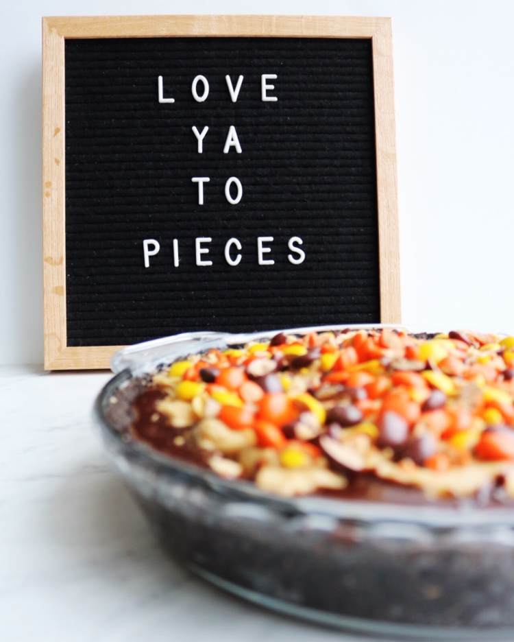 """Love ya to pieces"" cute letter board quote - Pies Before Guys"